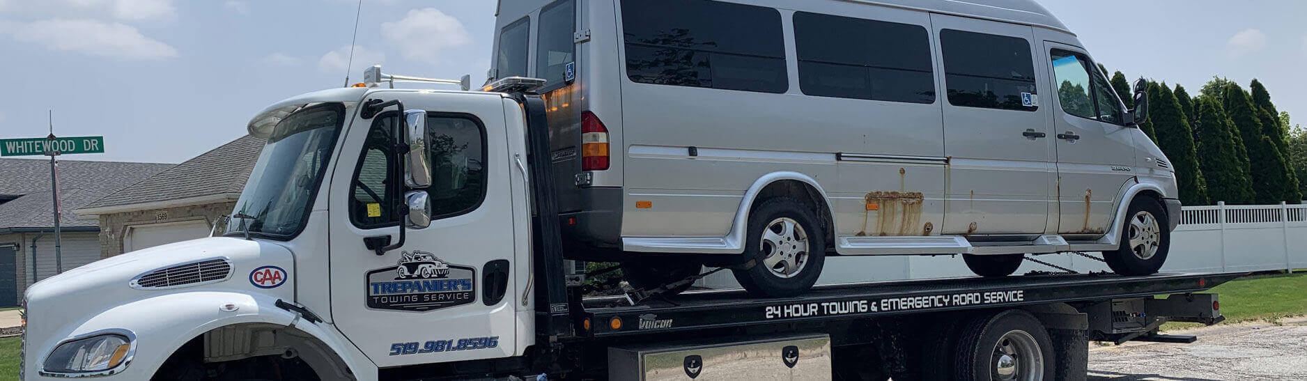 Windsor Towing Service, Tow Truck Service and Emergency Roadside Assistance